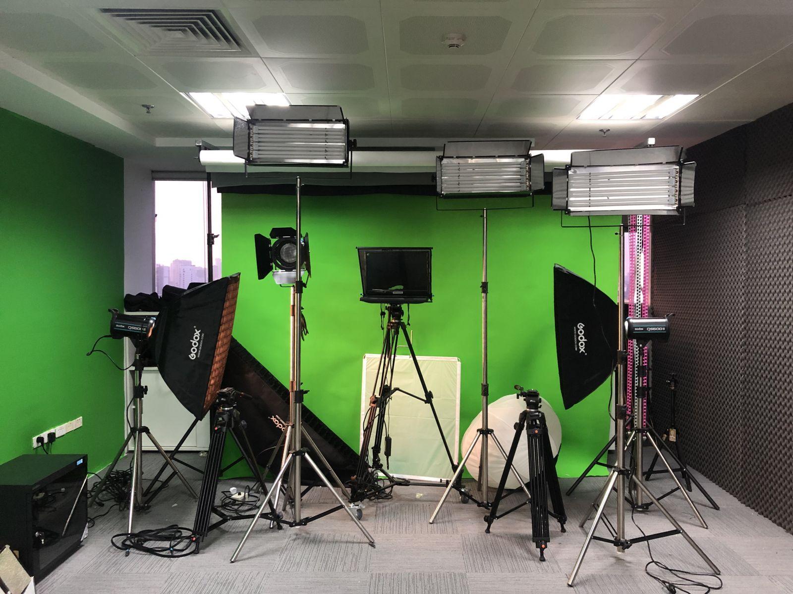 Tham khảo setup phòng studio trường học